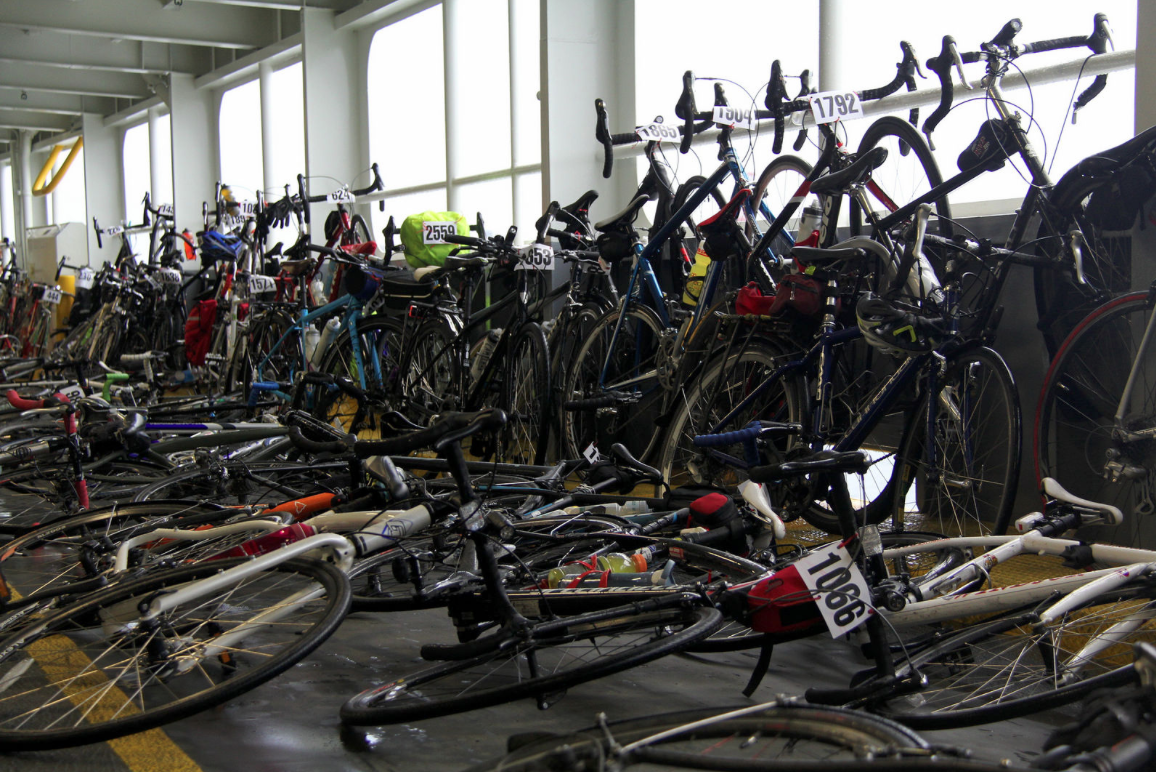 Chilly Hilly 2016 - Bicycles FILL the ferry